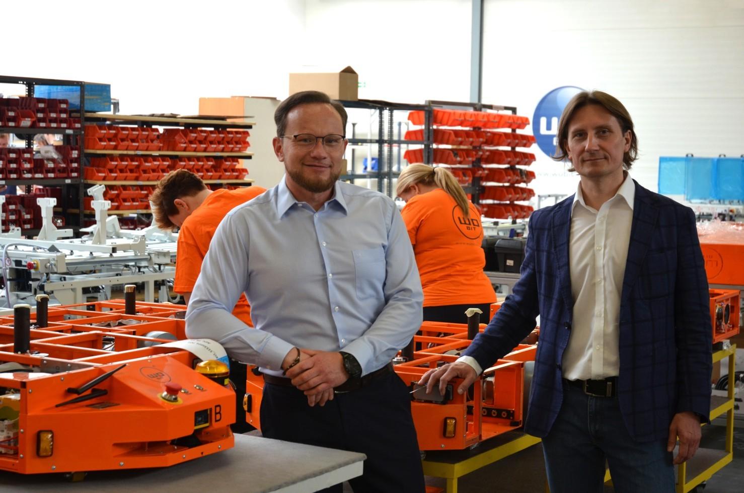 WObit Roboty mobilne Przemysław Degórski i Jacek Ober