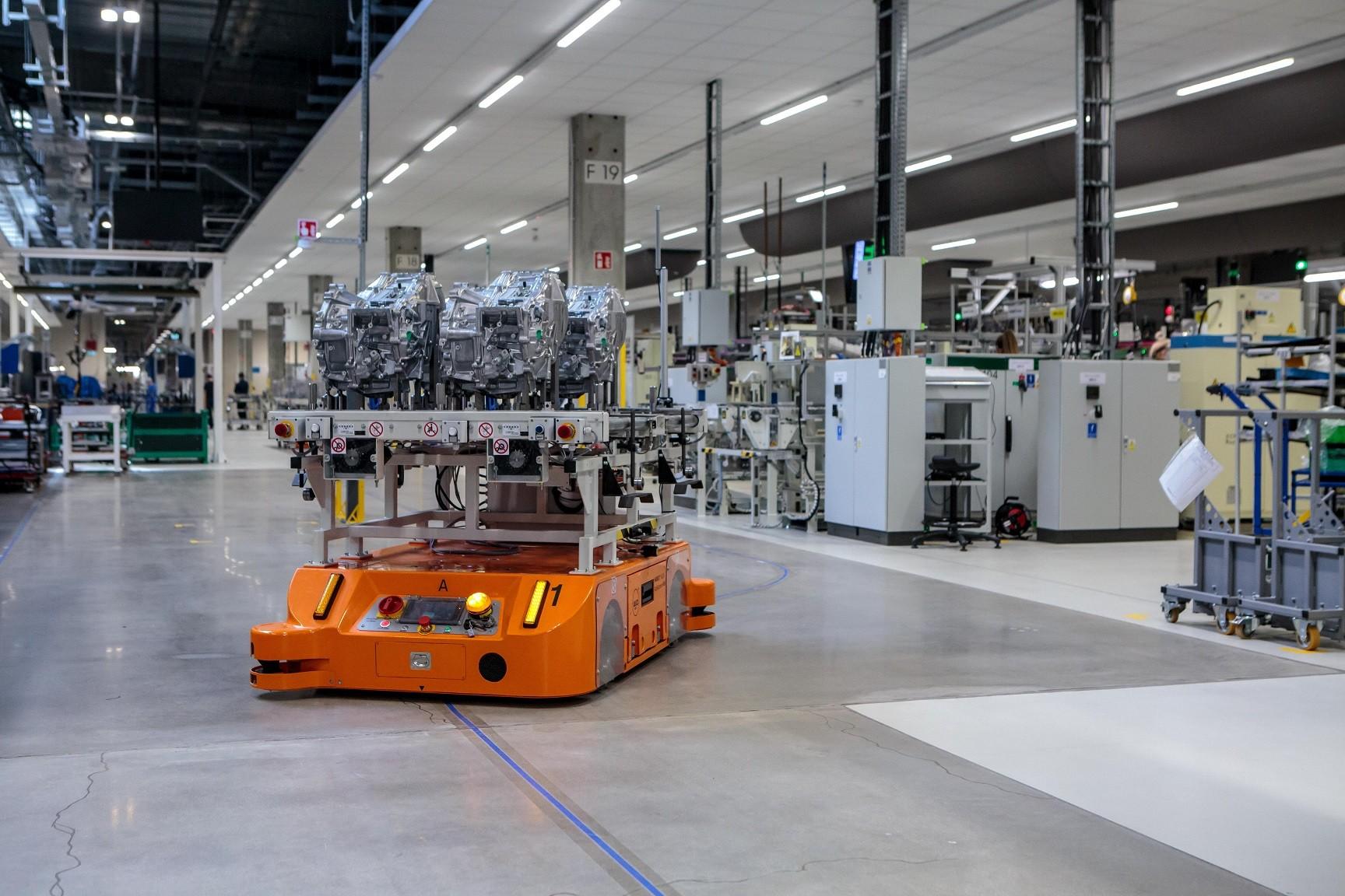 Polskie fabryki Toyoty podwoiły produkcję elektrycznych napędów hybrydowych
