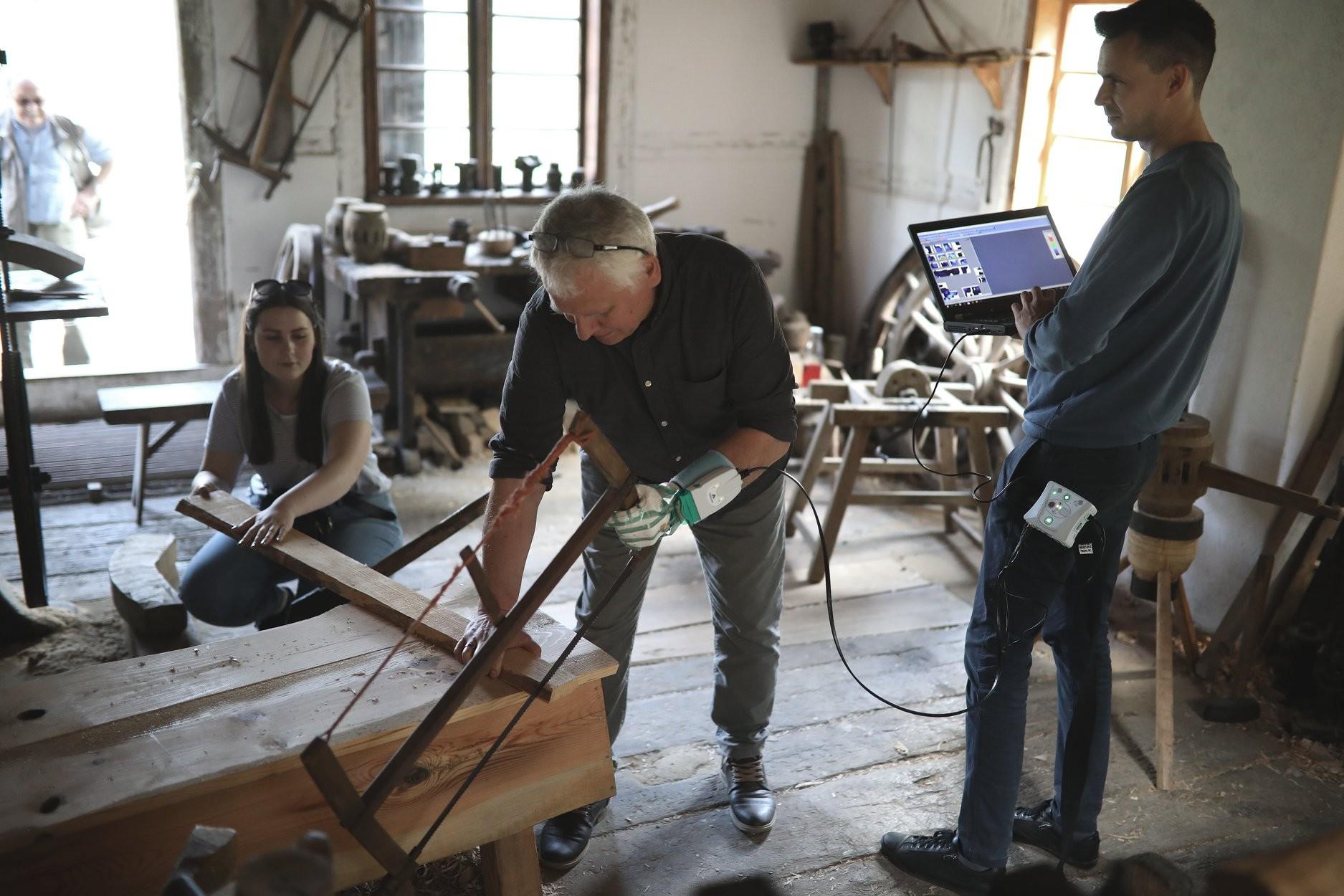 Czy osiemnastowieczne narzędzia były ergonomiczne? Sprawdziliśmy.